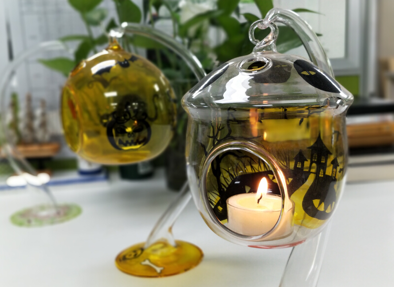 Halloween: We all have a candle holder to light - Halloween candle holders supplier