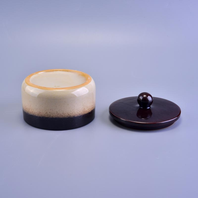 Ceramic candle holder with lid