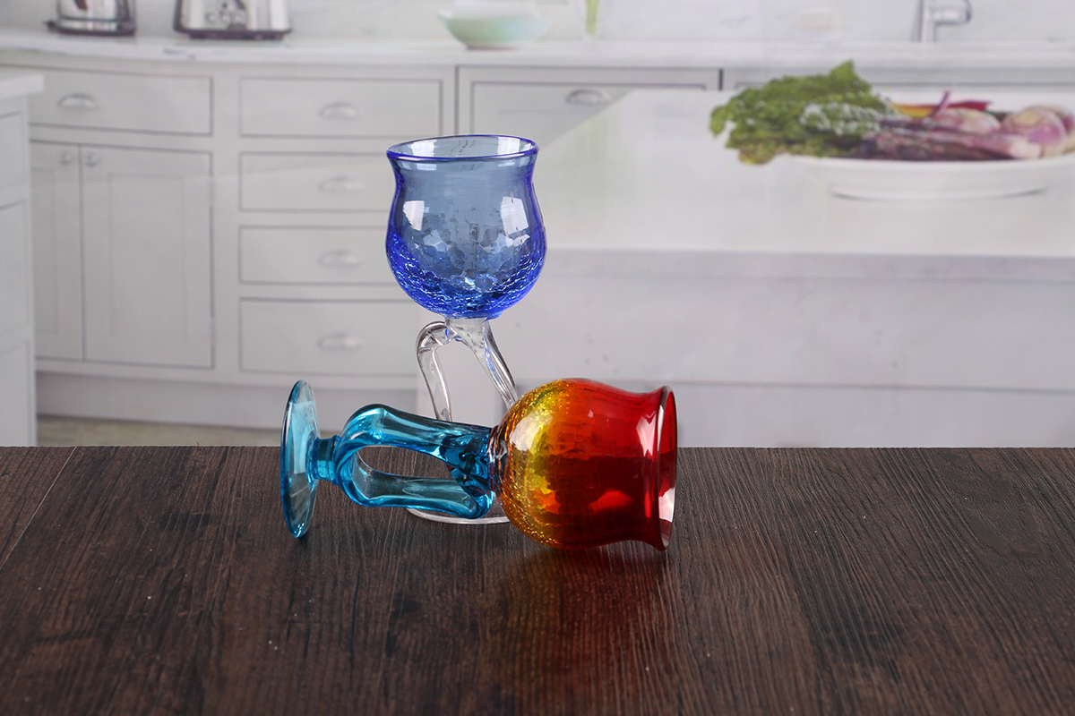 Goblet candle holder