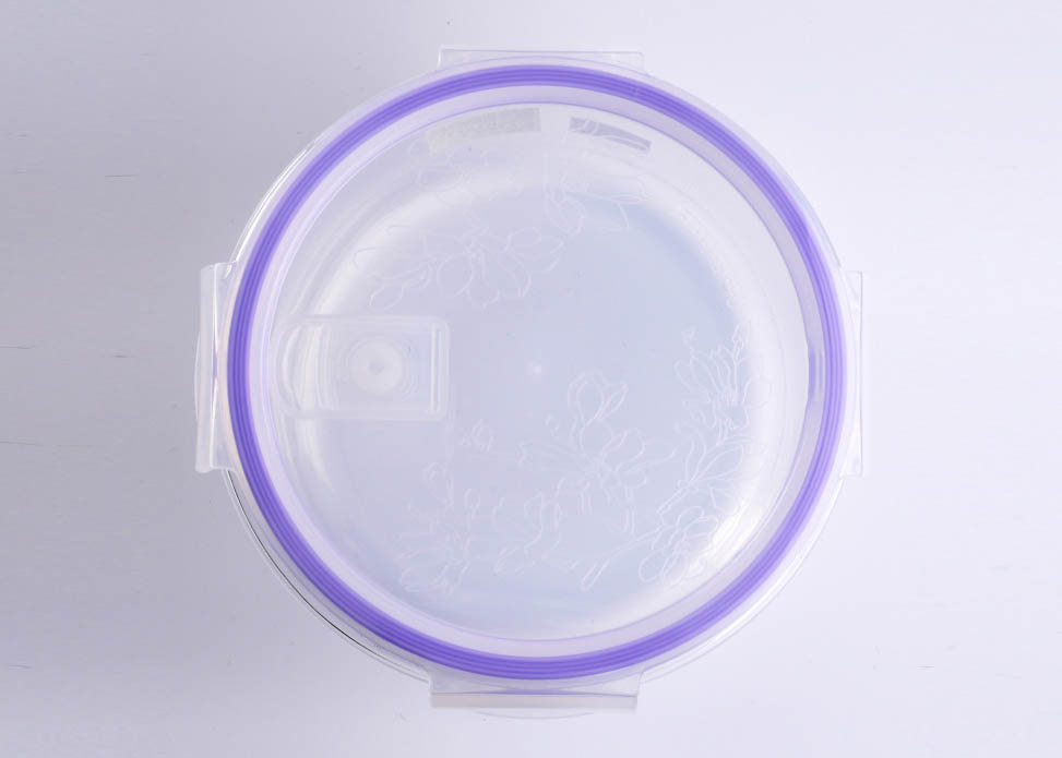 pyrex glass bowl