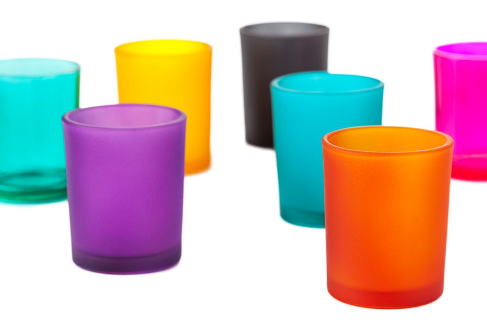 Color spray candle holder
