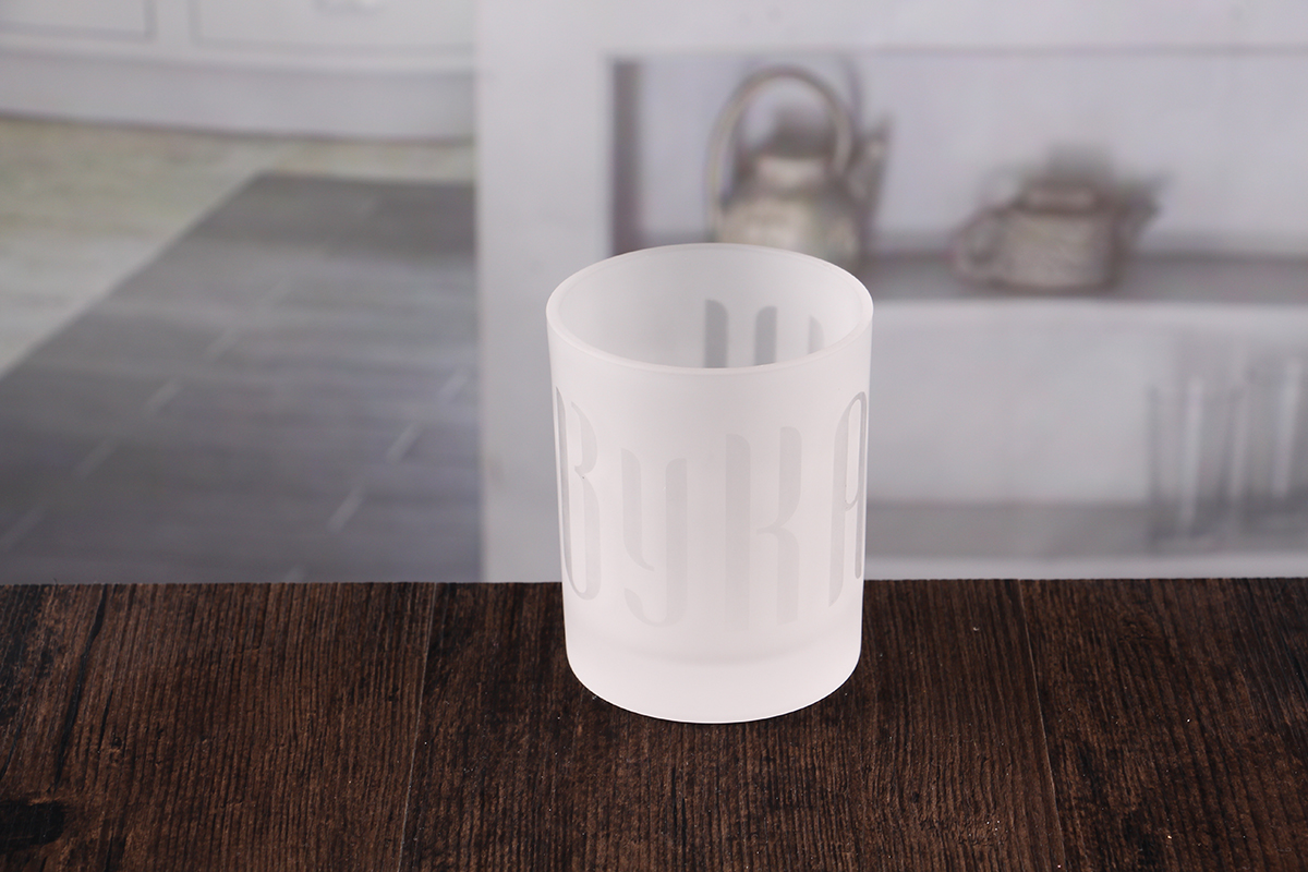 White votive holder