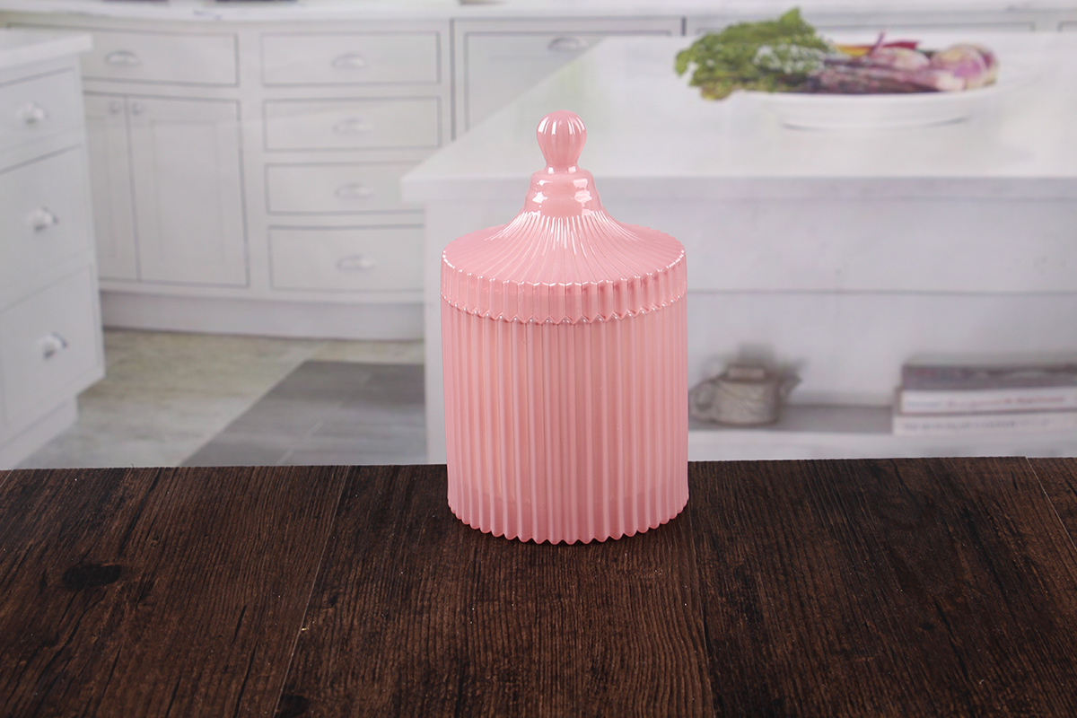 Pink candle jar with lid
