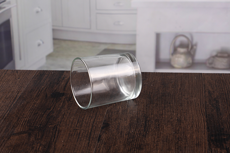 Clear candle holder