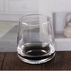 China Black bottom clear hurricane candle holder home candle holder wholesale factory