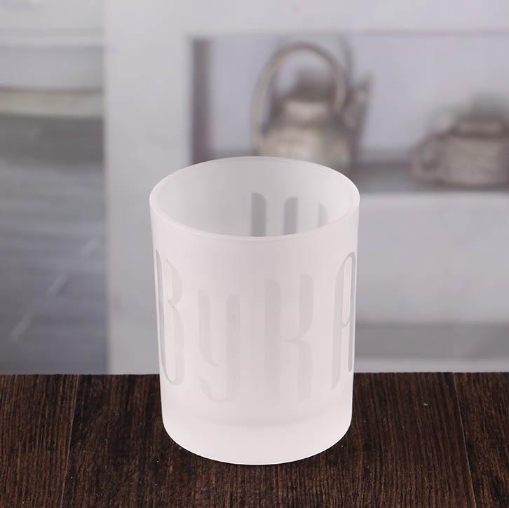 wei e leuchter inhaber billig frosted kerze inhaber gro handel china kerze halter lieferanten. Black Bedroom Furniture Sets. Home Design Ideas